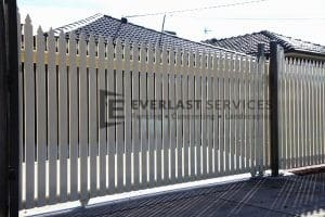 SG11 - White Steel Pickets Sliding Gates