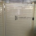 DW16 - Pearl White Aluminium slats double gate