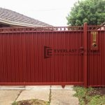 SG24 - Red Steel level ring sliding gate - Hoppers Crossing