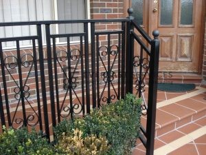 SF41 - Black Steel Custom Pattern Balustrade