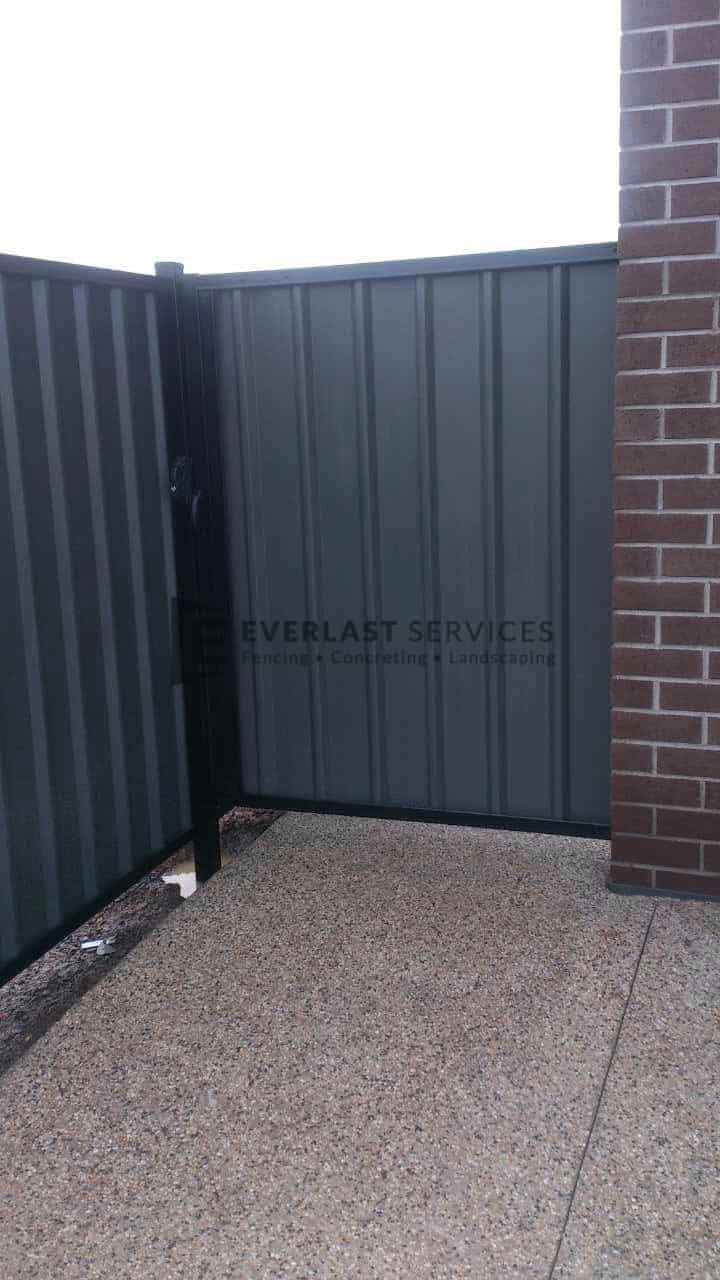 SS52 - Black Frame with Woodland Grey Colourbond Side Gate
