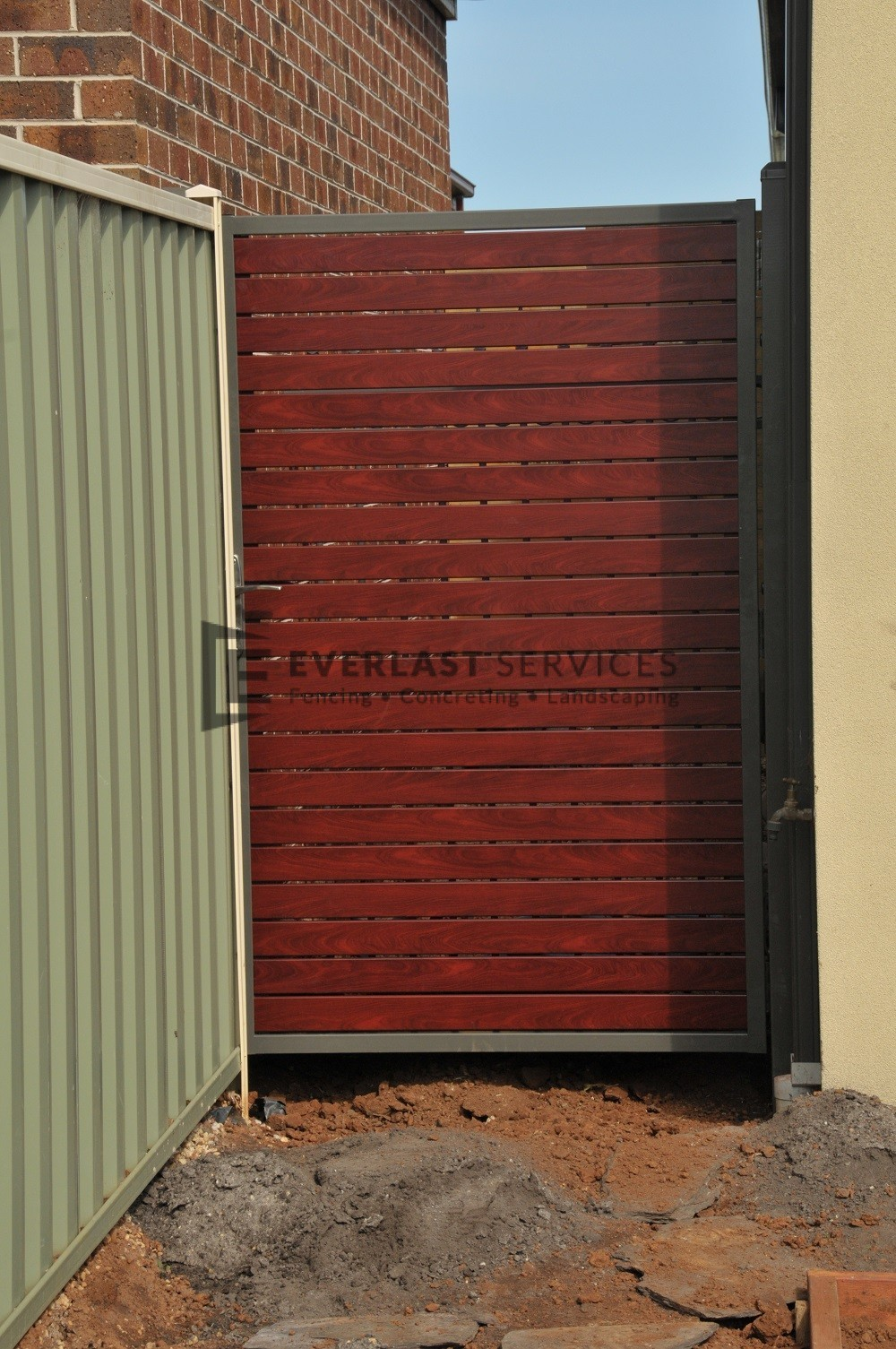SS8 - Woodland Grey Post + Frame with Jarrah Slats Single Gate