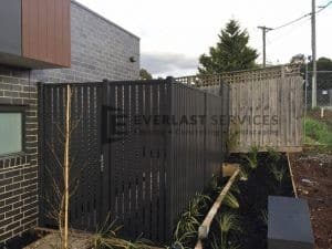 SS58 - Monument Vertical Slats Single Gate - Strathmore