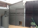 SS70 – Aluminium Slats Single Gate With Dog Gate Perforated Sheeting on Top