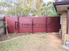 SS71 – Aluminium Slats Single Gate with 3 x Fence Panels (Indian Red Post and Frame with Jarrah Slats)