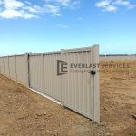 SS87 - Colourbond Sliding Gate + Single Gate