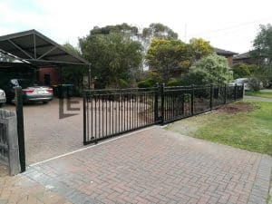 SG67 - Motorised Black Sliding Gate