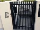 SS81 – Aluminium Vertical Blade Single Gate