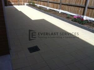 37 - Paving and garden beds