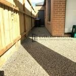 EA42 - Backyard Exposed Aggregate Footpath