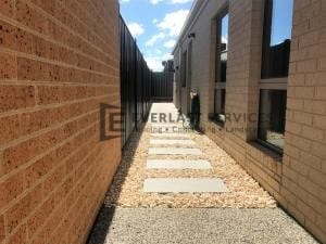 L110 - Concrete + Pebbles + Stepping Stone
