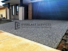 EA43 – Driveway Exposed Aggregate