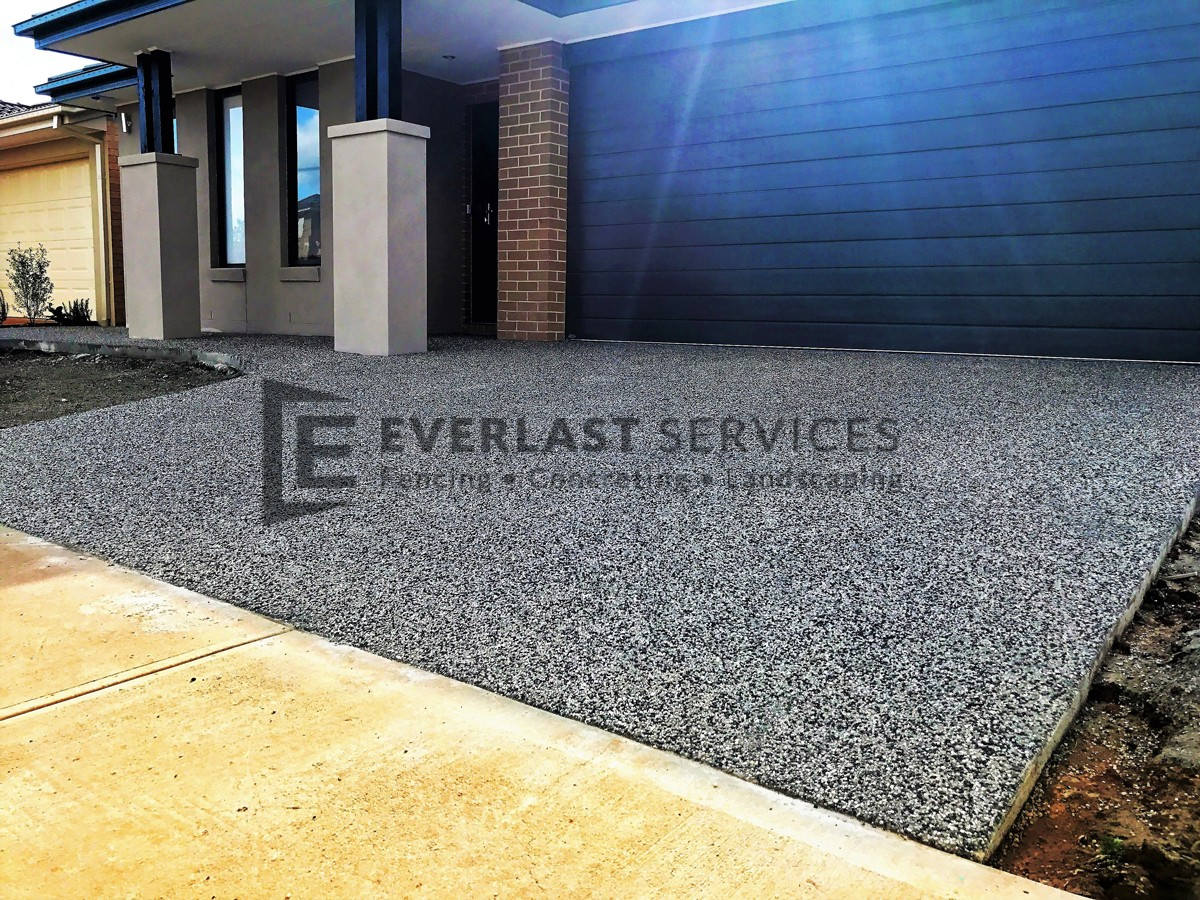 EA43 - Driveway Exposed Aggregate