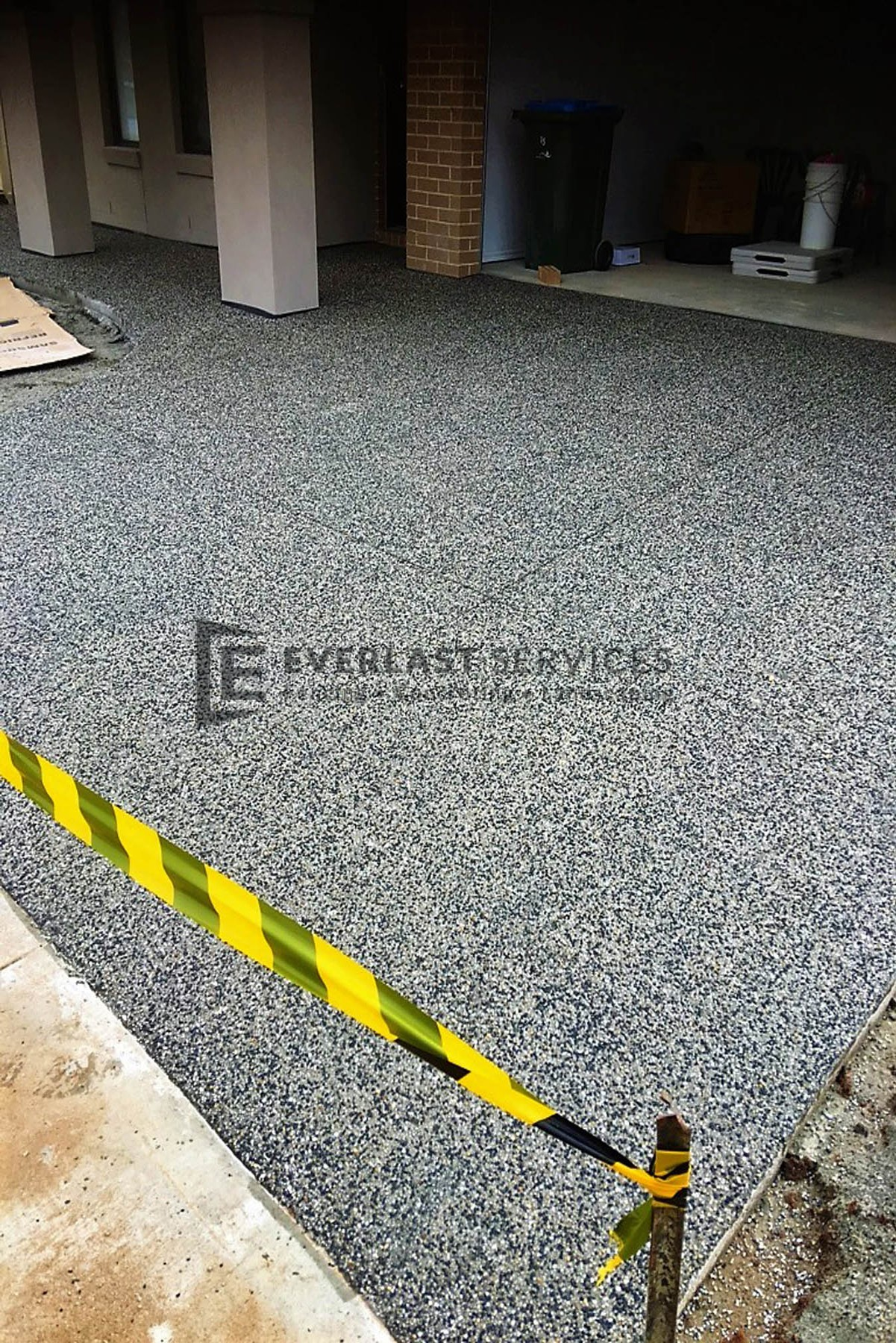 EA26 - Exposed Aggregate Driveway