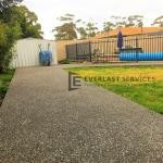 EA28 - Exposed Aggregate Pathway Backyard