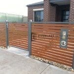 A53 - Gate in aluminium slat fence