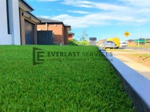 L103 - Landscaping Synthetic Grass