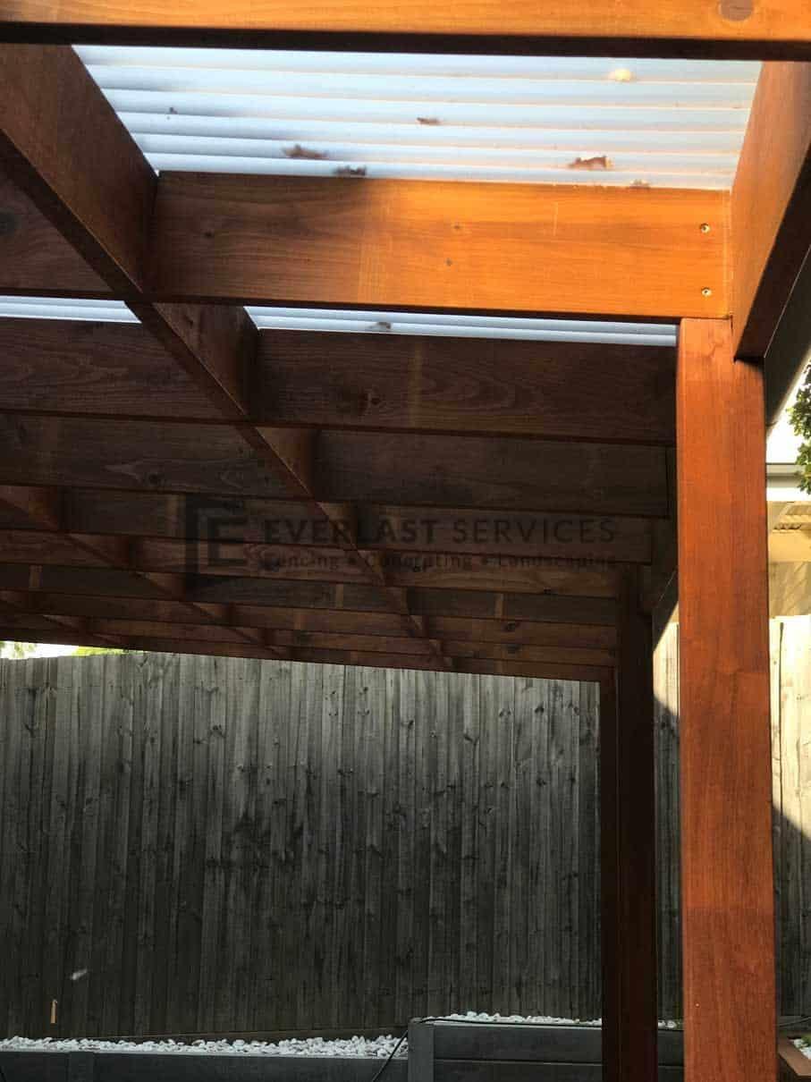 L69 - Close Up Timber Verandah