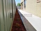 Plain-Concrete-with-Redgum-Mulch
