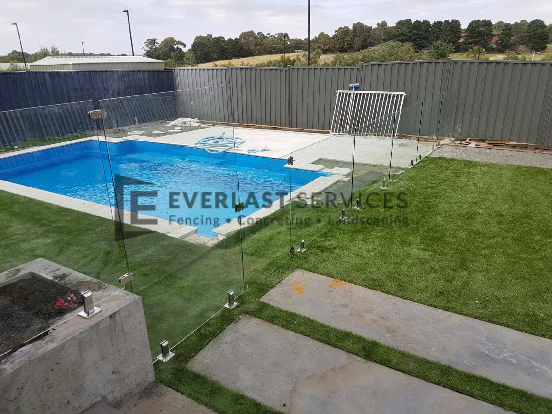 GF7 - Glass Pool Fencing + Custom Panel