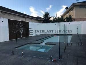 GF10 - Glass Pool Fencing + Swimming Pool + Modular Walls