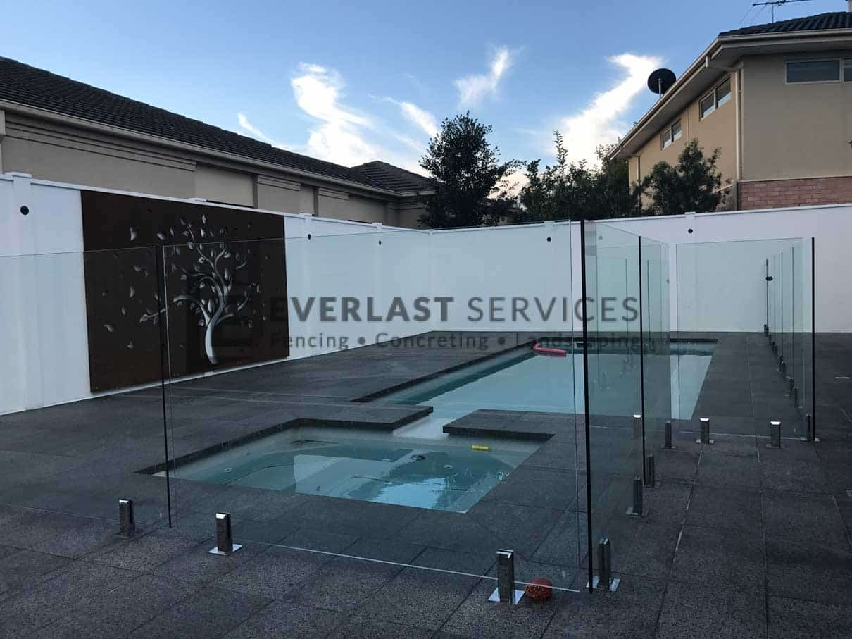 GF10 - Glass Pool Fencing + Swimming Pool + Modular Walls