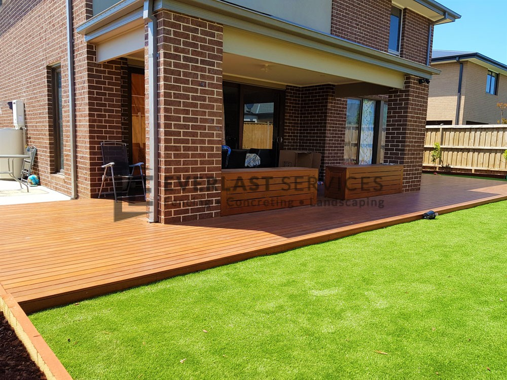 Backyard Decking with Seat View 2