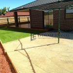 L27 - Synthetic Grass with Lillydale