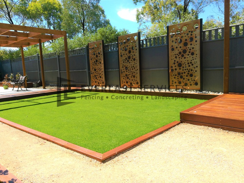 L135 - Synthetic Grass with Merbau Edging