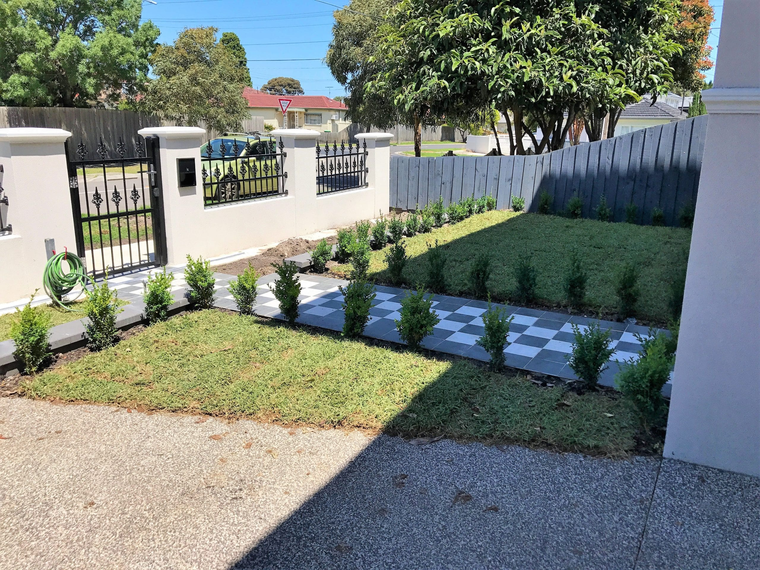 L197 - Front Landscaping with Tiles View 2