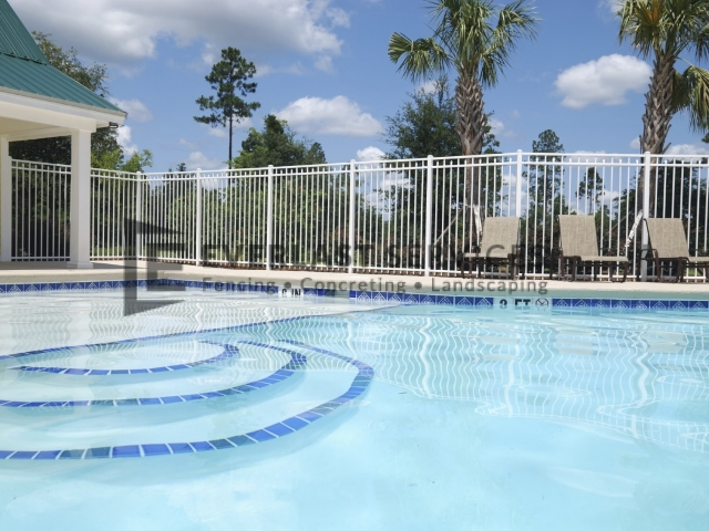 SP1 - Level Double Bar Spear Pool Fencing