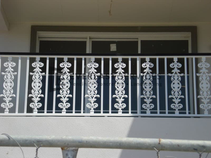 SF53 - Custom Wraught Iron Pattern Balustrade Handrails