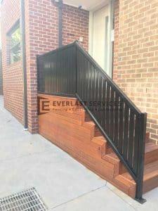 A158 - 566 Moreland Road Vertical Slats Handrails 2