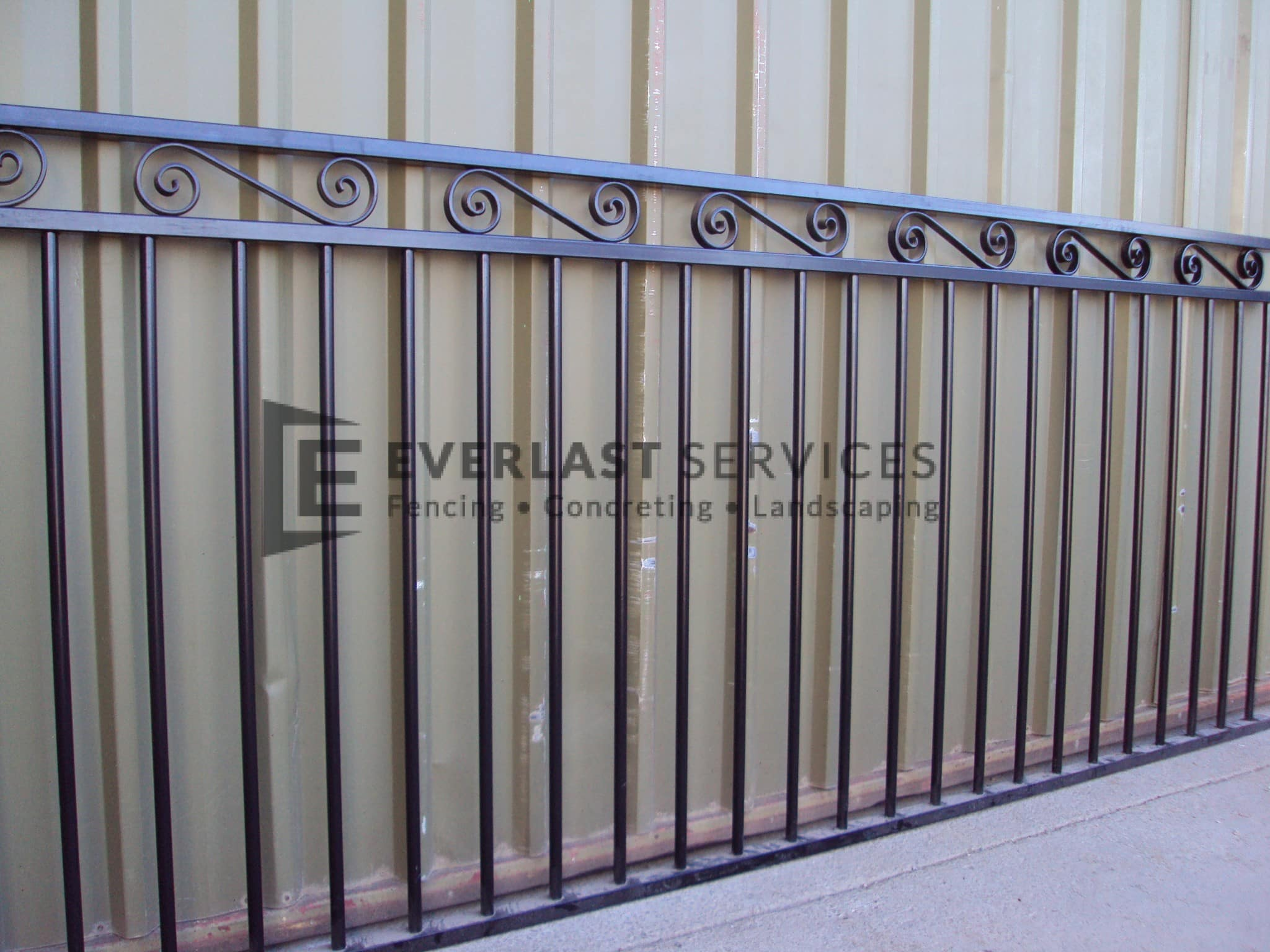 SF57 - Black Top Scroll Steel Fencing Panel