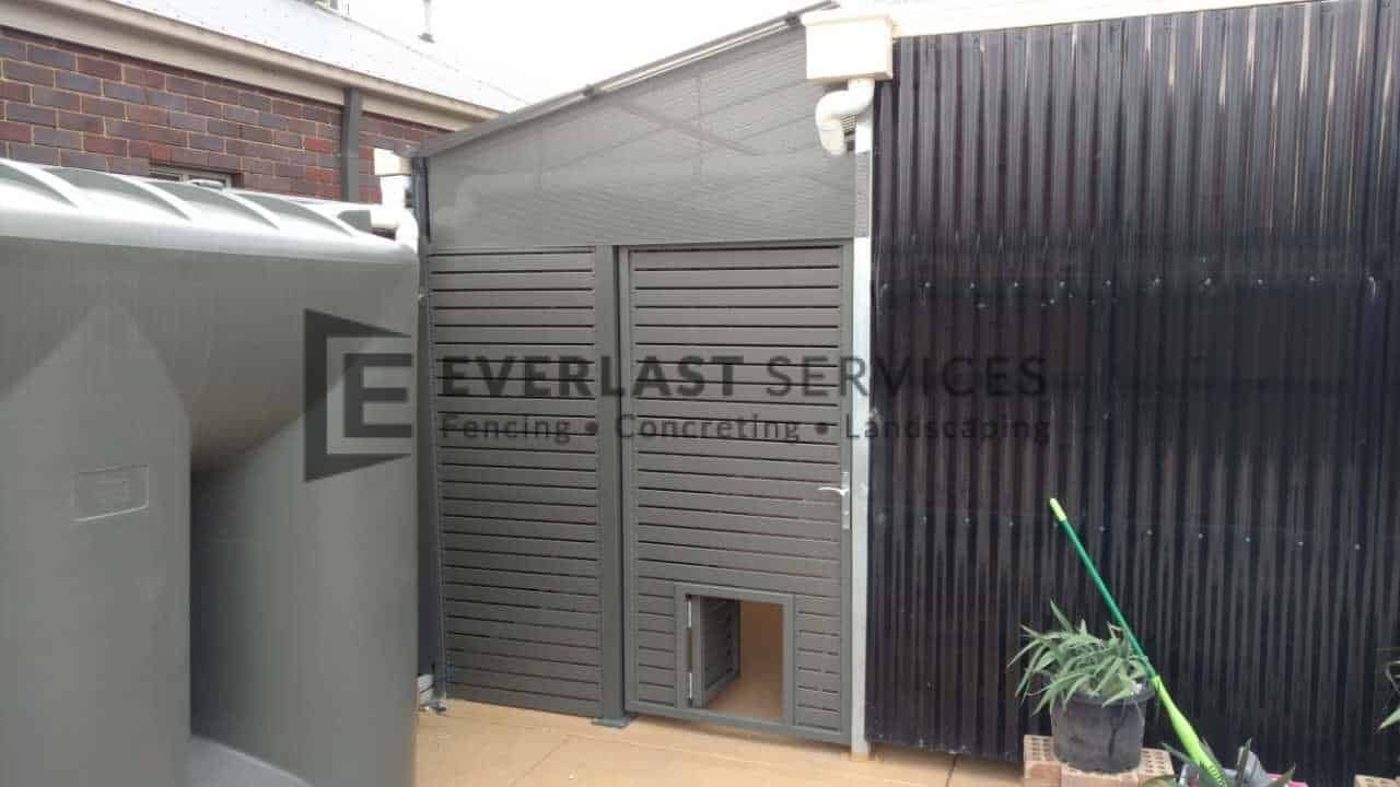 SS70 - Aluminium Slats Single Gate With Dog Gate Perforated Sheeting on Top