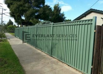 84 - Green Steel Fencing