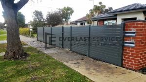 A183 - Grey Horizontal Slats Front Fence