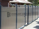 SF98 – Bluestone Post with Pearl White Sloped Pickets