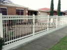 SF115 – Double Oxley Ring with Sleeper Steel Fencing