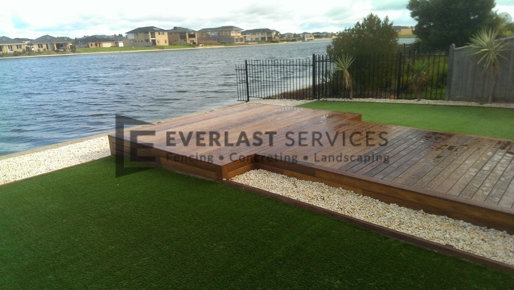 T30 - Merbau Backyard Timber Decking