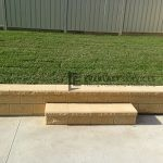 L6 - Versa Wall Edging wtih Palmetto Turf
