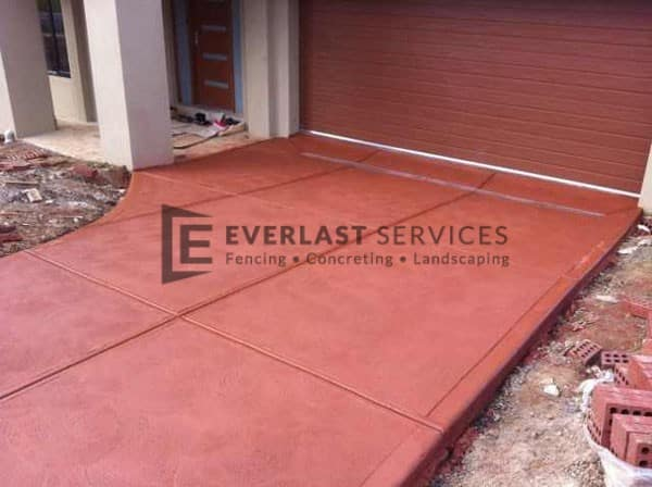 CC4 - Red Coloured Concrete Driveway