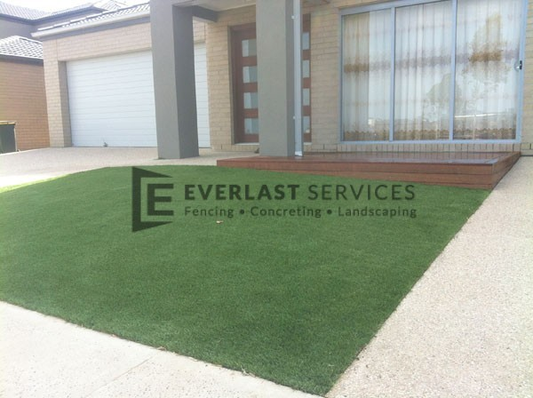 27 - Frontyard Synthetic Grass