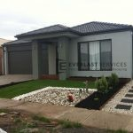 L34 - Front yard Pebble Landscaping with Synthetic Grass