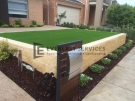 L5 – Versa Wall Retainign Wall with Synthetic Grass
