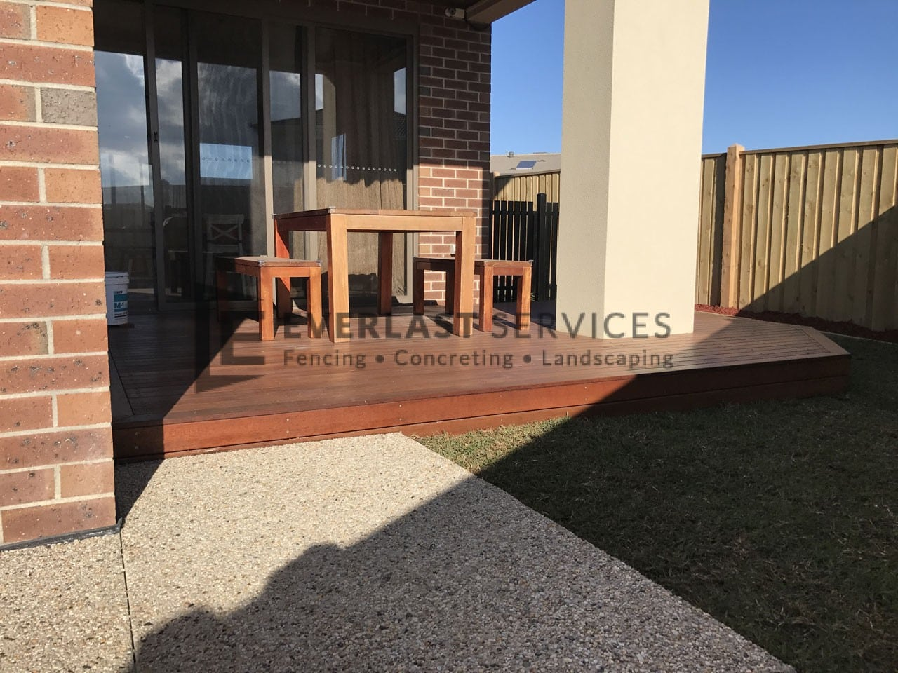T87 - Alfresco Decking