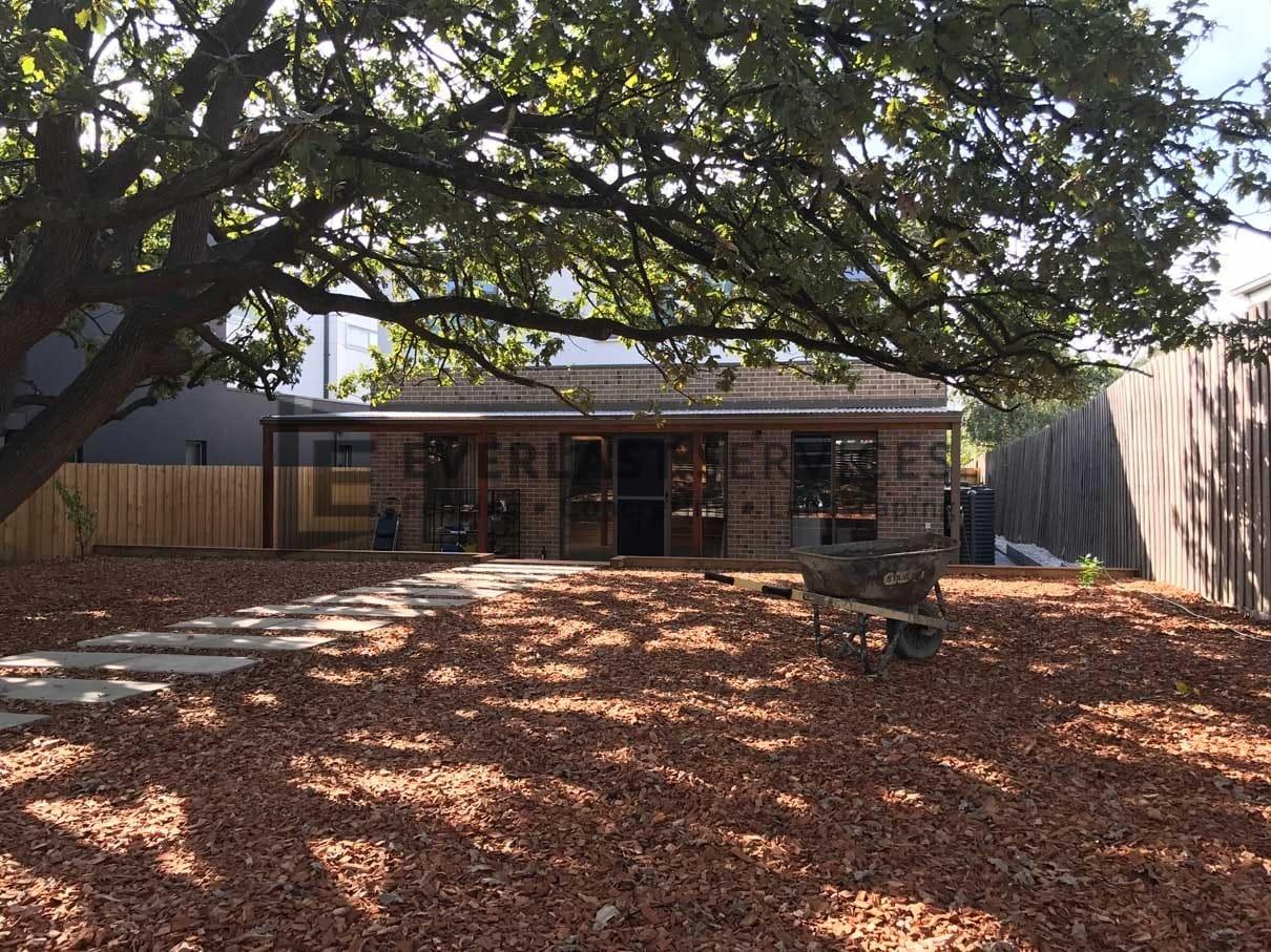 L64 - Backyard Mulch + Verandah