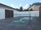 L80 – Glass Pool Fencing + Swimming Pool + Modular Walls
