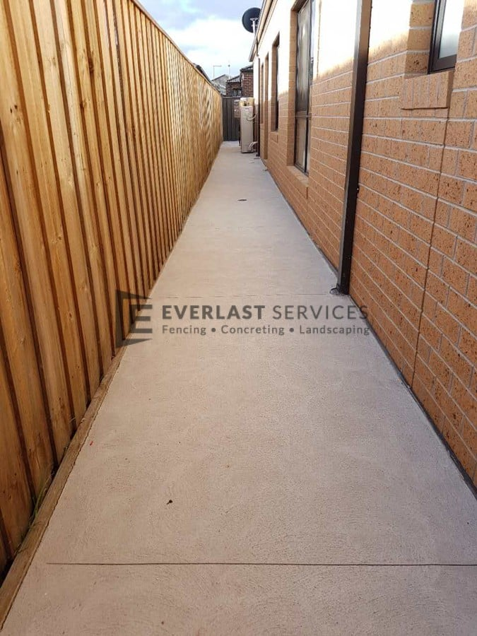 EA55 - Plain Concrete Exposed Aggregate