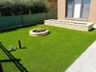 Synthetic-Grass-with-Versa-Wall-Garden-Box-and-Miniwall-Garden-Wall-Angl…